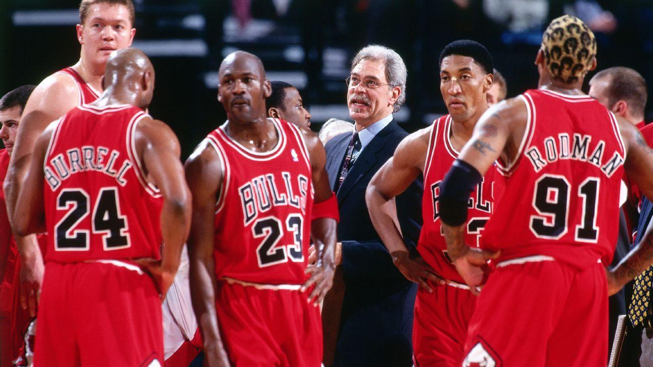 Đội mà Bulls do Phil Jackson dẫn dắt  là đội vàng của năm