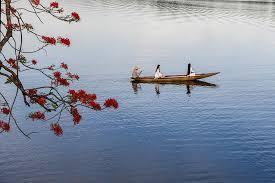 Sông Hương Huế - Vẻ đẹp sơn thủy của xứ Huế
