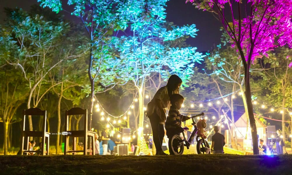Tham gia chợ đêm Ecopark đậm chất quê hương