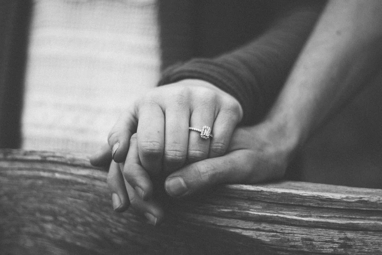 5 Signs That Tell He Is The One - Before You Say Yes
