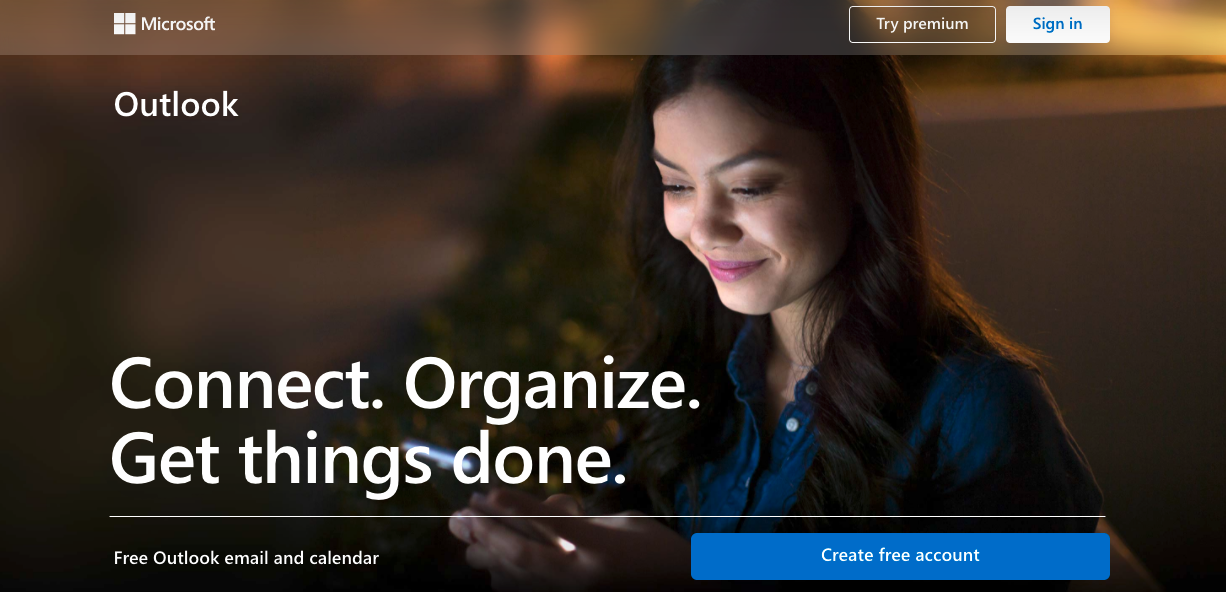 Image of Outlook landing page prompting you to sign up for free email service