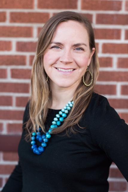 Kelley Munger HeadShot