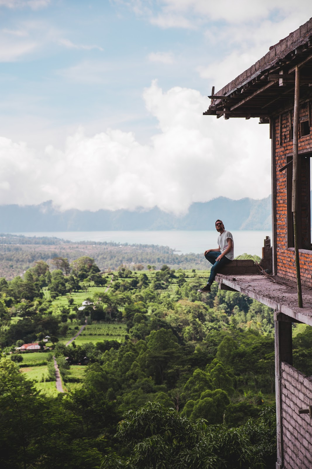 man, alone, solo, travel, heights, view
