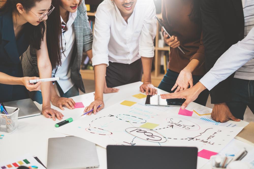 Dalam menghadapi situasi normal baru, kamu harus lebih cermat dalam mengatur strategi bisnis