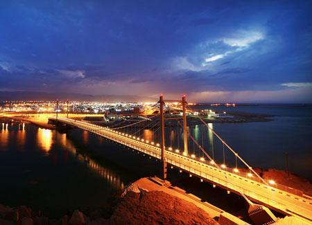 Khor Al Batah Bridge. Sur, Oman.