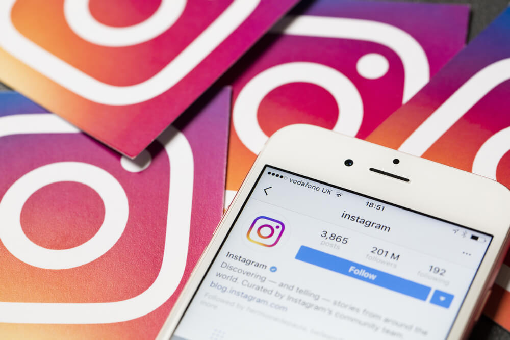 タイ instagram ユーザー数 2017年