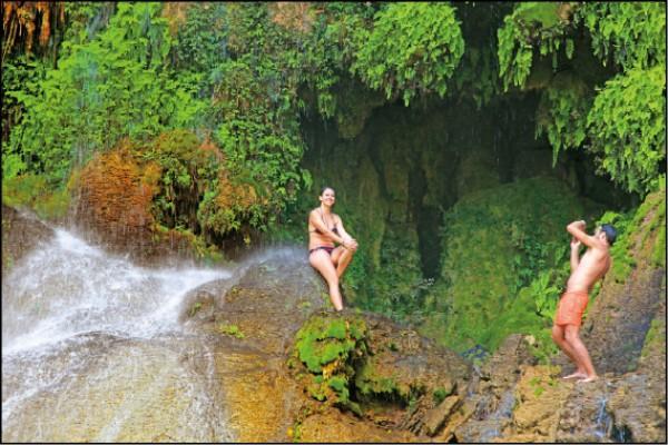 延伸腳程到El Nicho瀑布,享受古巴大自然的洗禮。