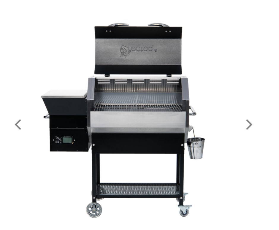 A picture of the RT-590 Stampede, one of the five best pellet grills under $1000