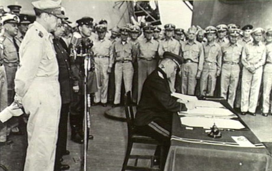Derevyanko_signing_1945_920.jpg