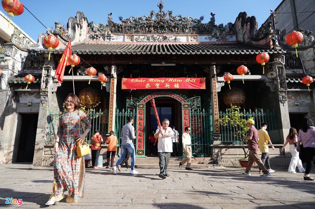 Cách làm ăn phát đạt chùa Bà Thiên Hậu ở TP. HCM