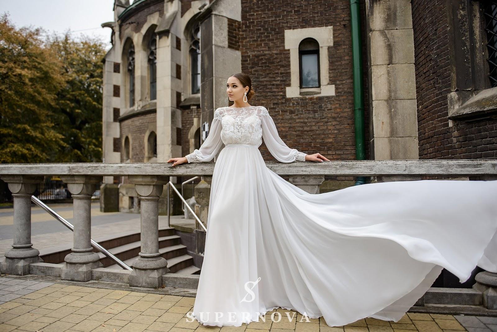 Модні фасони весільних та вечірніх суконь від виробника оптом