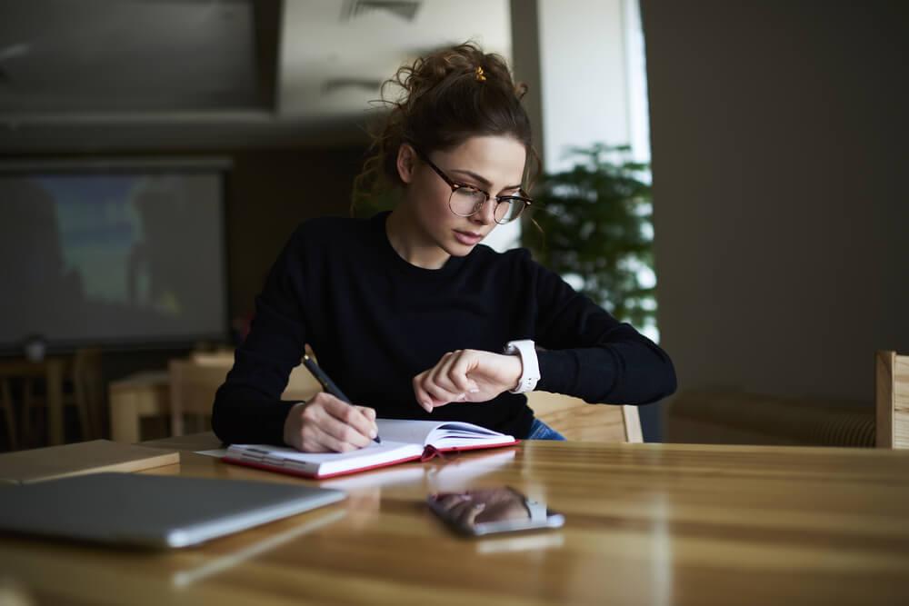 Como melhorar a gestão do tempo e produtividade no trabalho - Patrimonium Thinking
