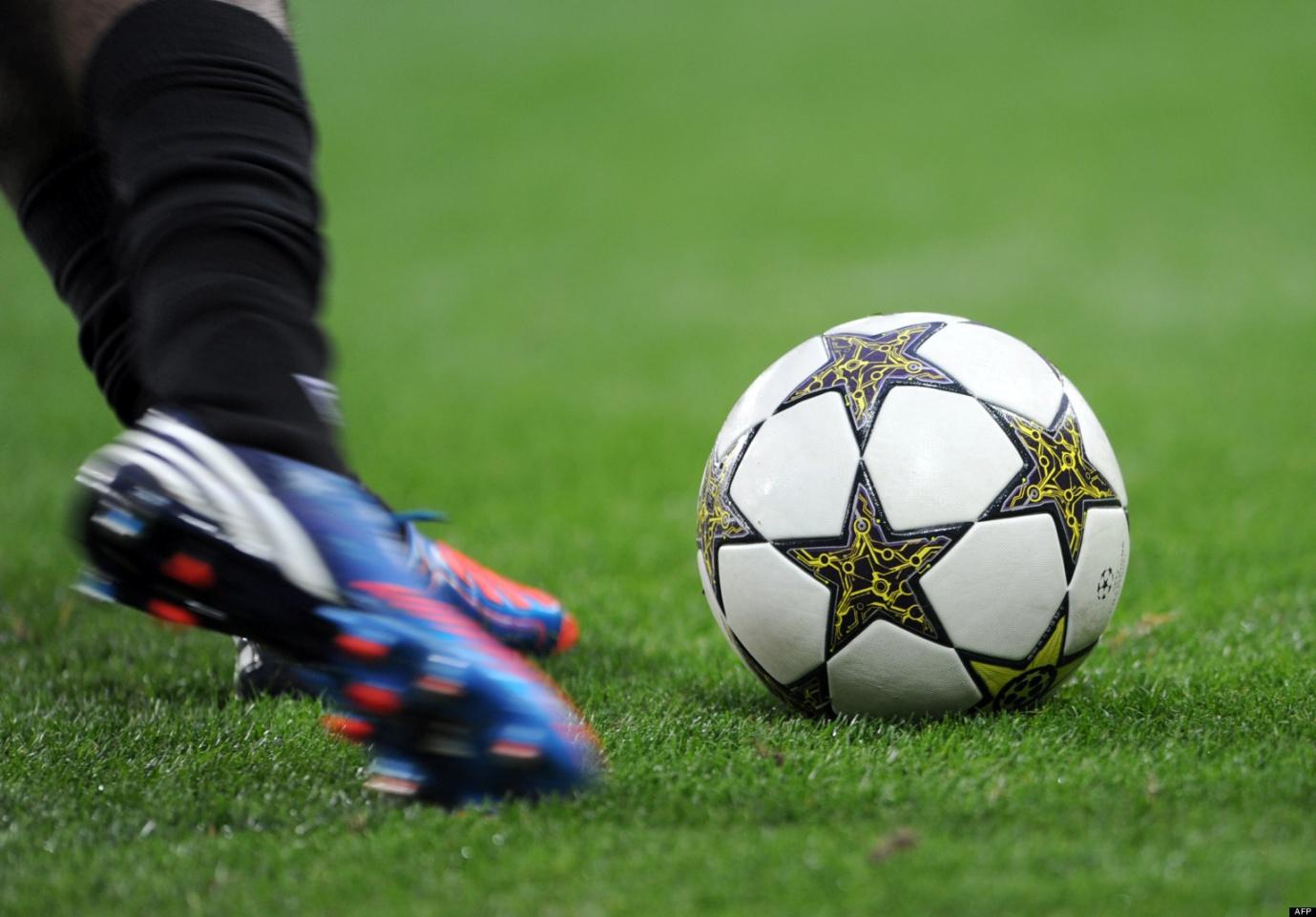 http://backpagefootball.com/wp-content/uploads/2013/07/o-FOOTBALL-MATCH-TRUQU-facebook.jpg