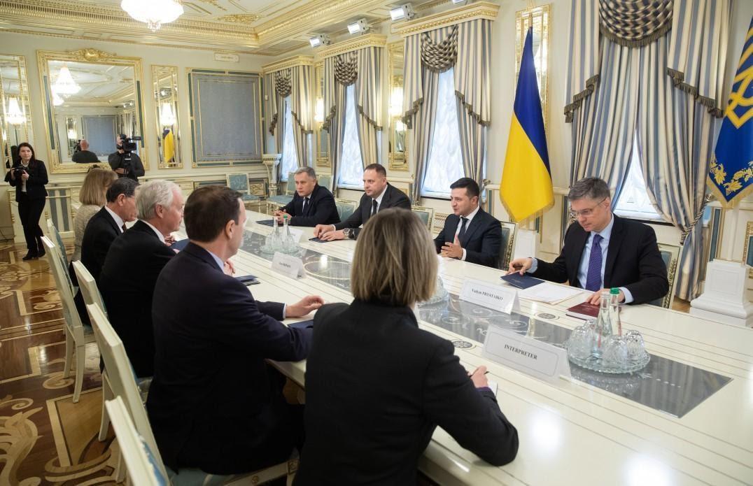 Президент зустрівся з сенаторами США від Демократичної та Республіканської партій