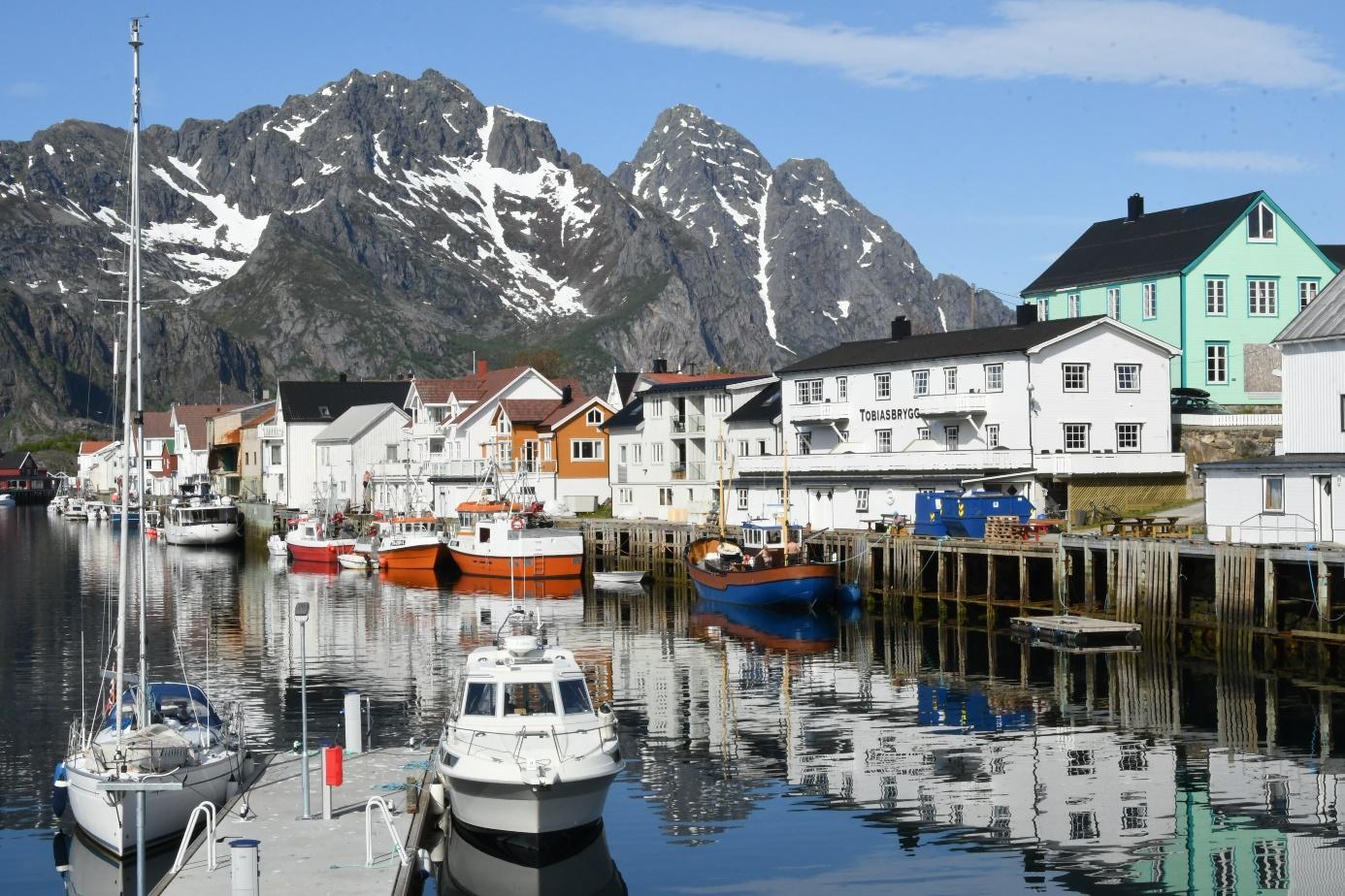Et bilde som inneholder utendørs, båt, vann, scene  Automatisk generert beskrivelse