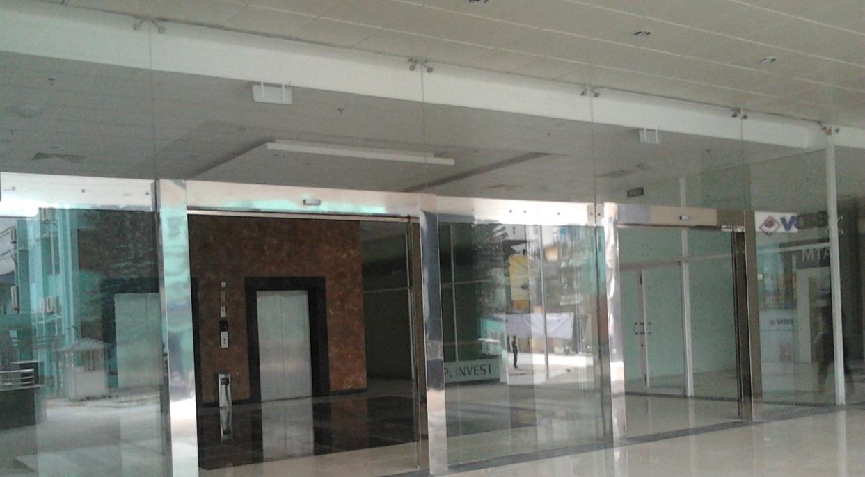 Hãy đến với thietbitudong.net.vn để được nhân viên tại đây tư vấn phụ kiện cửa tự động