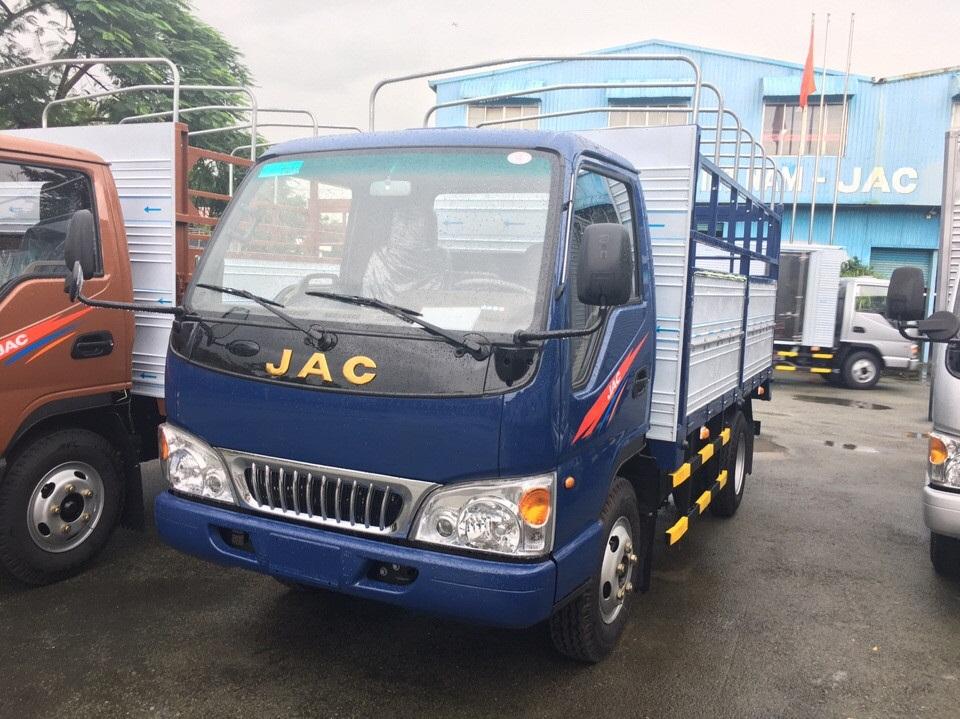 JAC 2T4.jpg