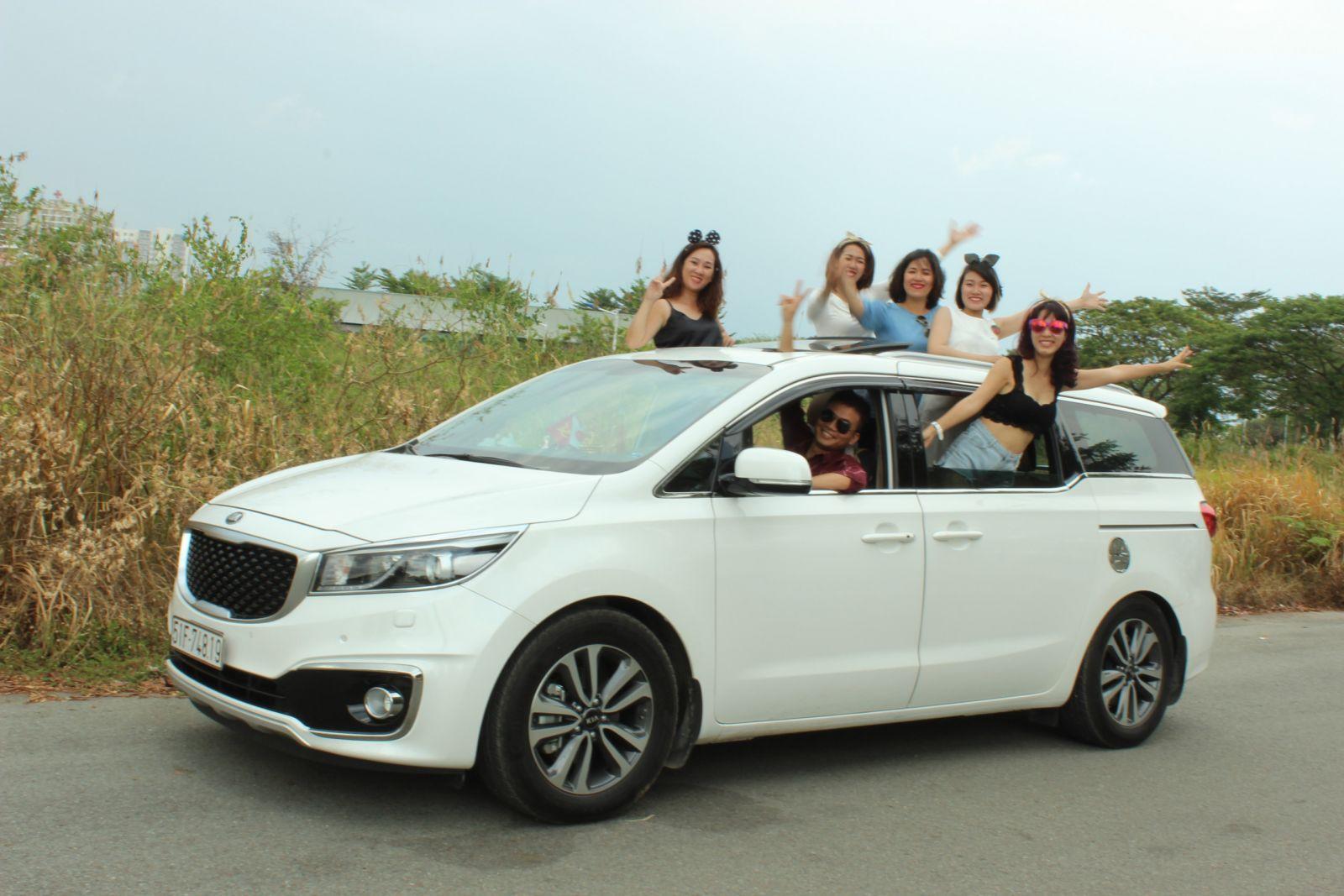 Đội ngũ nhân viên tài xế tại Huy Đạt giàu kinh nghiệm và thông thạo mọi tuyến đường