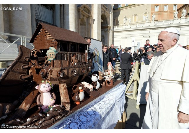 Pope Francis admires a chocolate Noah's Ark at the Wednesday General Audience. - OSS_ROM