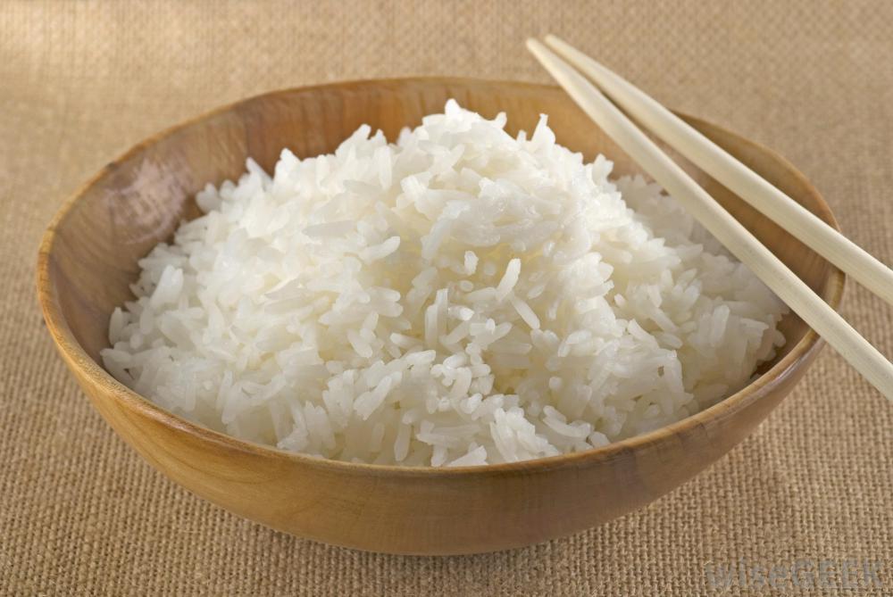 C:\Users\TOSHIBA\Desktop\cooked-jasmine-rice-in-a-bowl-with-chopsticks.jpg