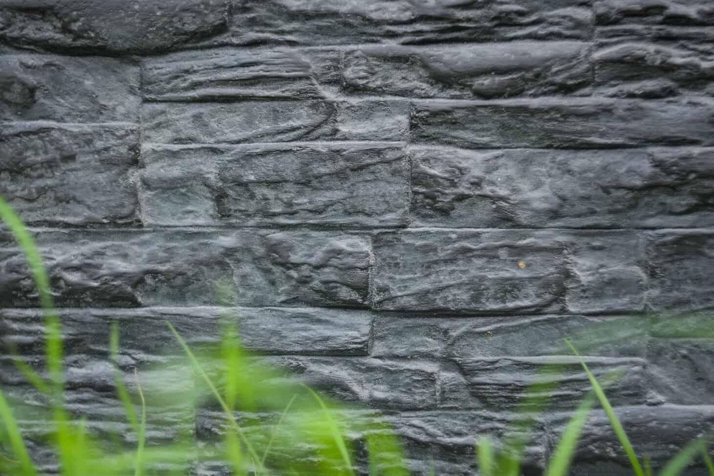 Akmens imitacija fasadui