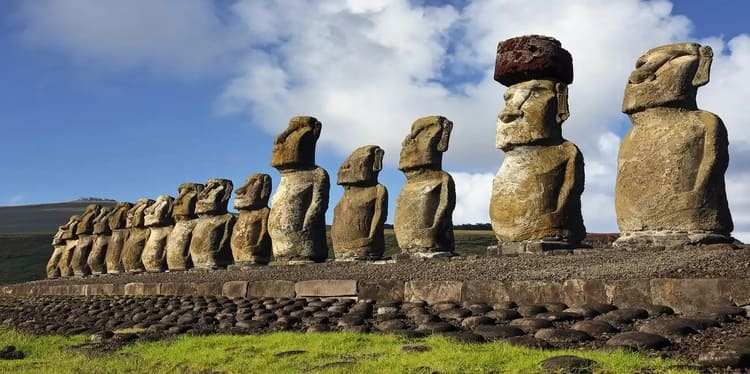 Easter-island-most-remote-places-on-earth