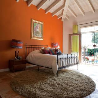 Contadero Decor, Mexico City 2011. : Eclectic style bedroom by Erika Winters Design