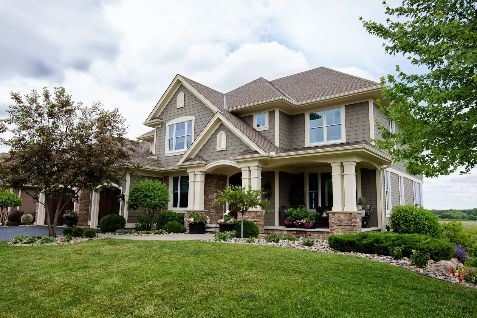 Should You Buy a House During the Coronavirus Pandemic?
