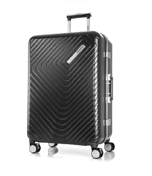 Mẫu vali Esquino với hệ thống bảo mật tối ưu.