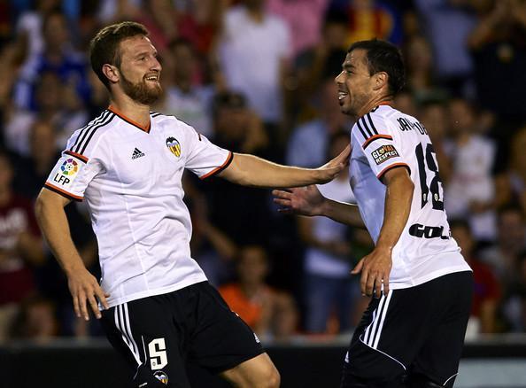http://www2.pictures.zimbio.com/gi/Shkodran+Mustafi+Valencia+v+Elche+La+Liga+7Zs04zgdvGBl.jpg