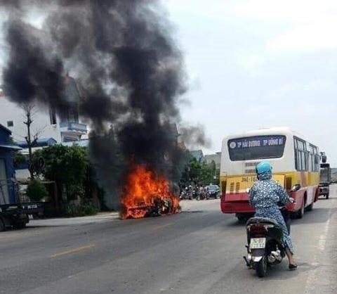 Xăng giả gây cháy xe nguy hiểm tràn lan