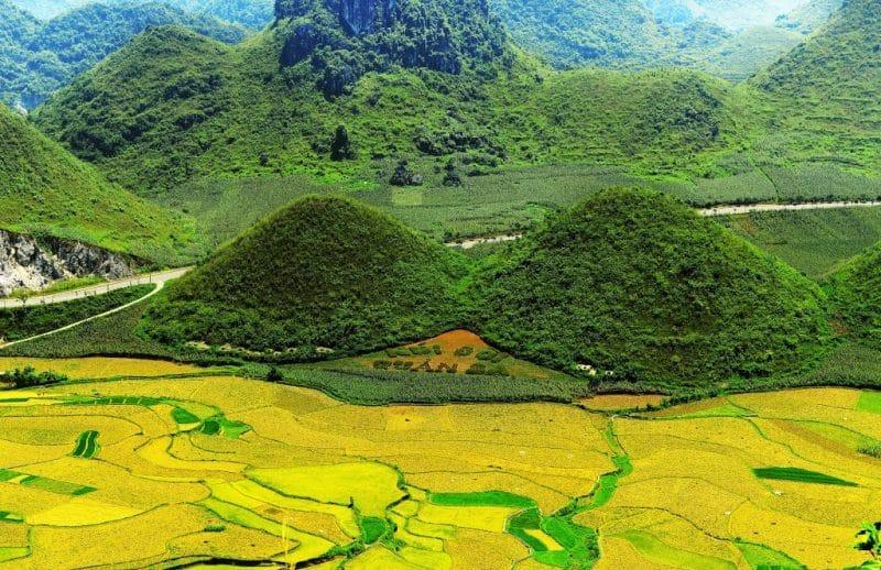 C:\Users\viet\Desktop\Nga\dự án du lịch\3.'Đổ đèo trên cực bắc Hà Giang, top 1 Tứ đại đỉnh đèo nguy hiểm nhất Việt Nam\9.jpg