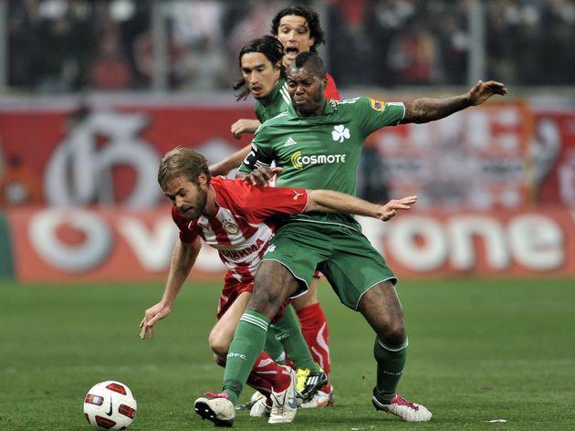 Trận Derby giữa Panathinaikos và Olympiakos