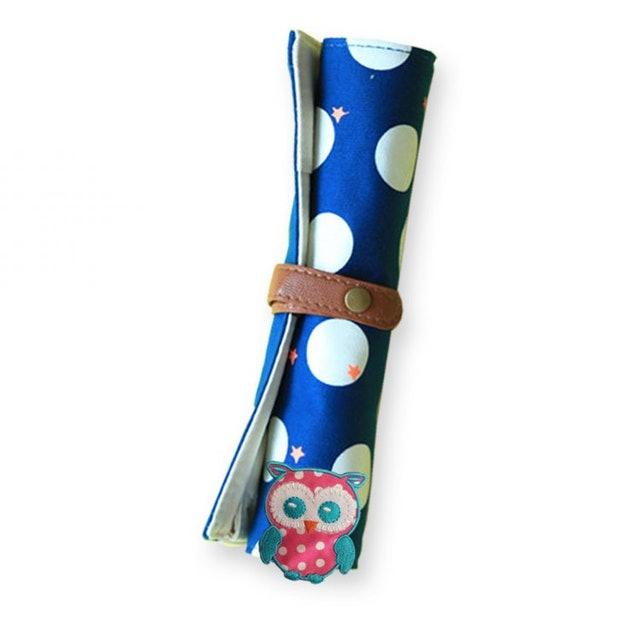 3. F Black Cat กระเป๋าดินสอแบบม้วนเก็บ ผ้าแคนวาส