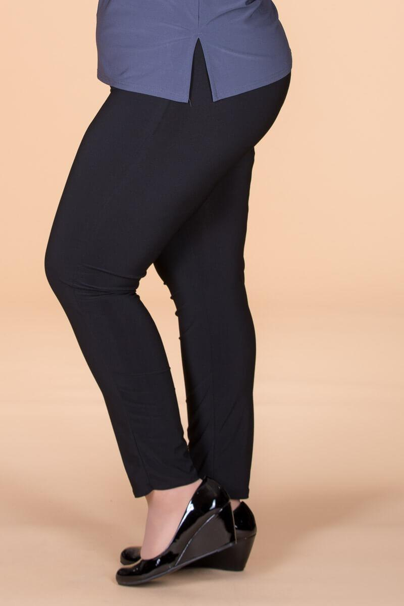 Pants for curvy women
