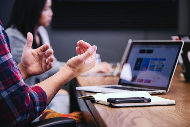 startup insurance online comparison via laptop