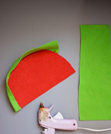 Cách làm túi xách bằng vải nỉ hình hoa quả tặng bé diện chơi 3
