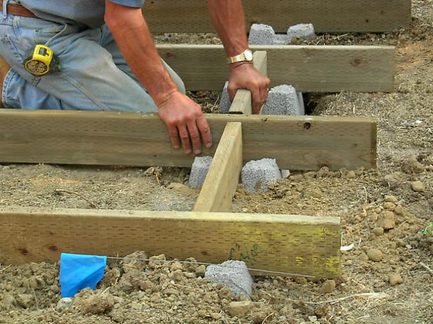 laying decking on uneven ground