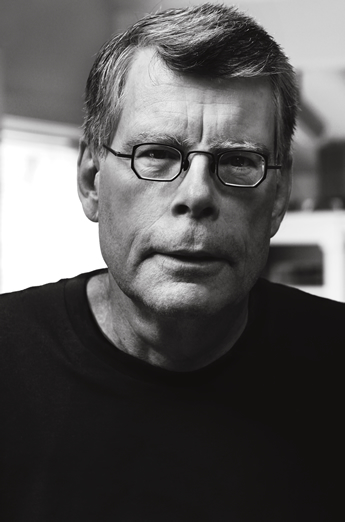 A photo of Stephen King.