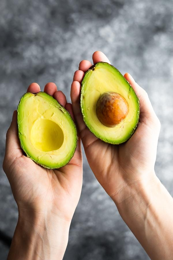 How to Cut an Avocado | sweetpeasandsaffron.com