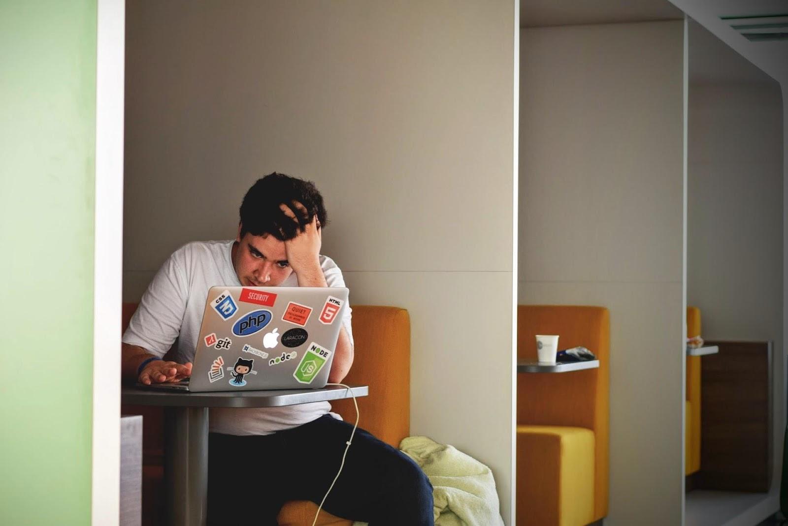 A falta de organização de horários causa estresse
