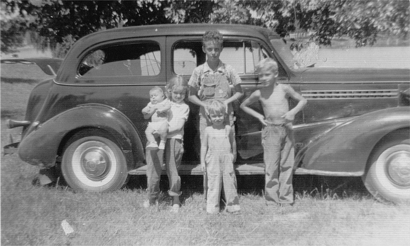 Roy D Tate children 1951.jpg