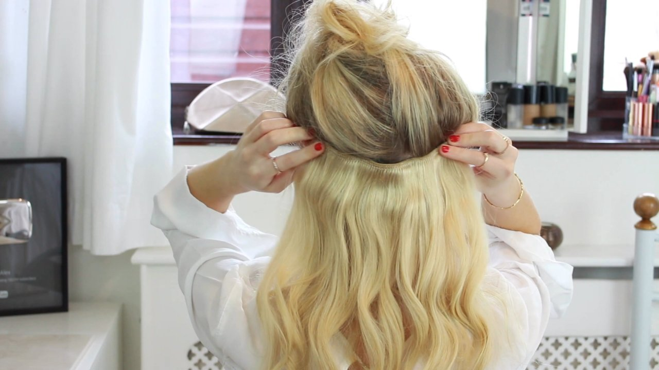 easy, romantic prom hairstyle