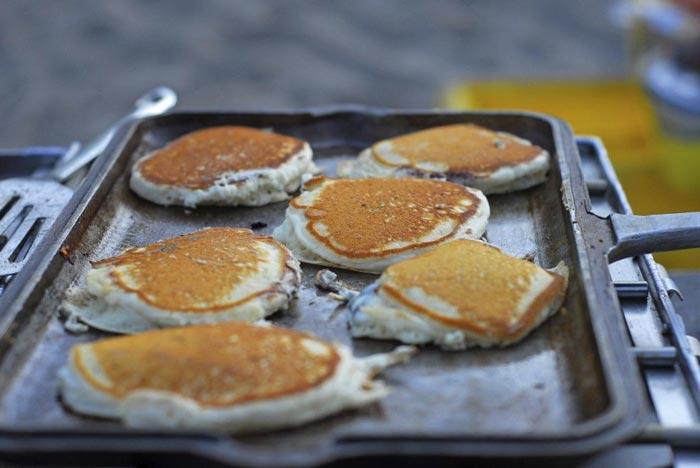 pancakes on campfire