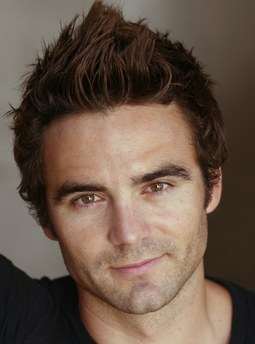 dustin clare height