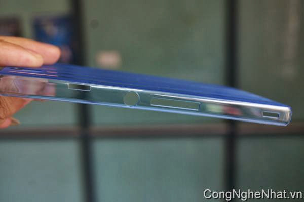 Ốp lưng Sony Xperia Z (SO-02E) kẻ dọc
