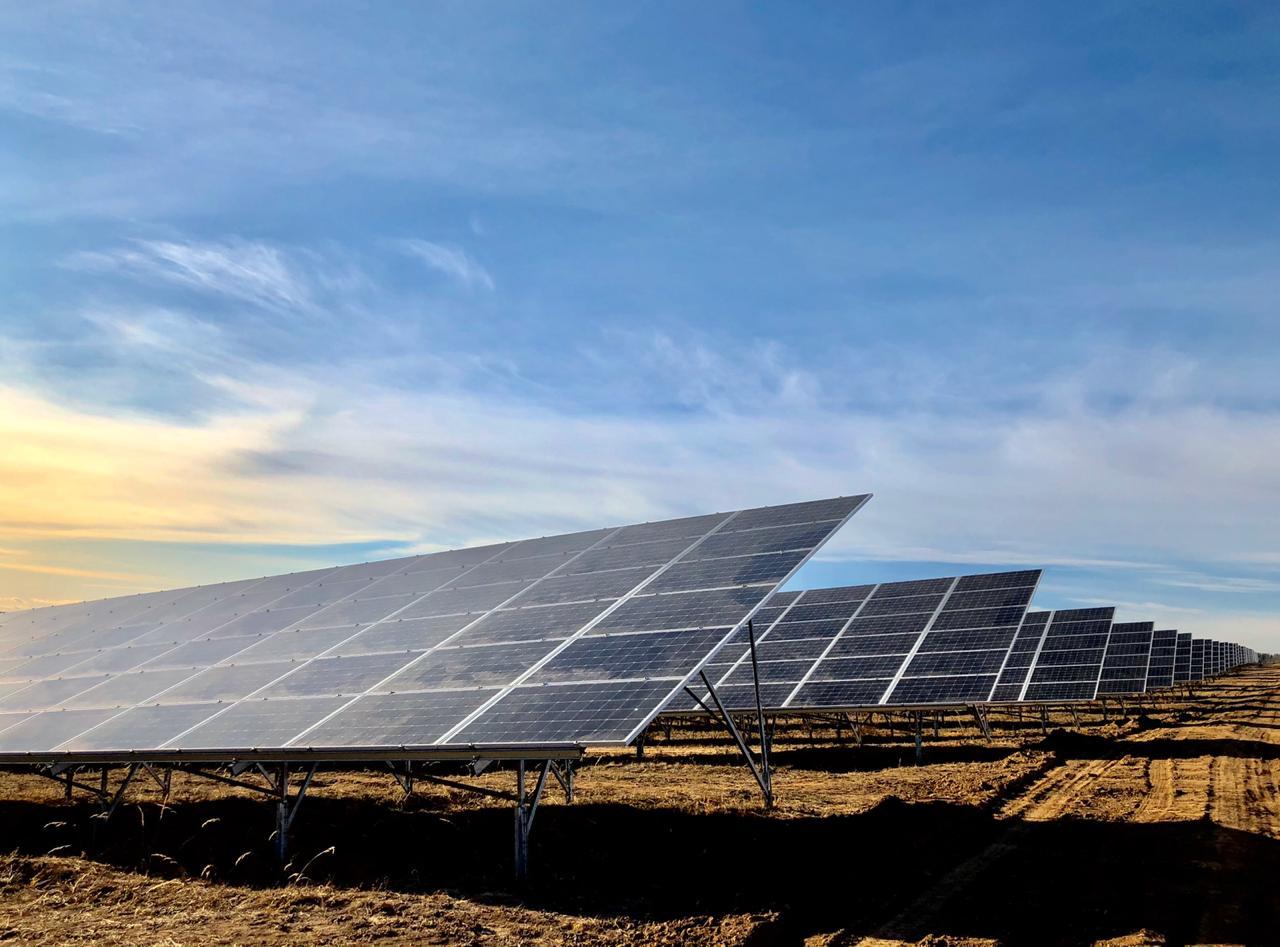 В Украине увеличился объём выработки электрической энергии солнечными электростанциями