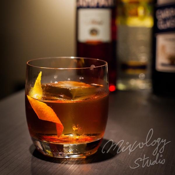 調酒推薦-內格羅尼