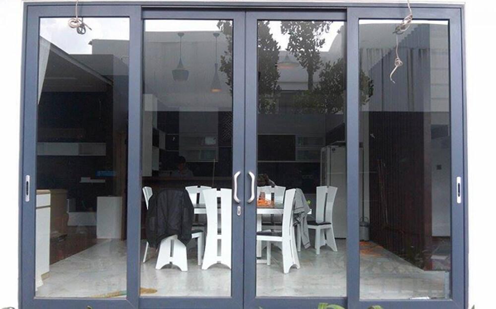cửa sắt phù hợp với những công trình thiết kế hiện đại