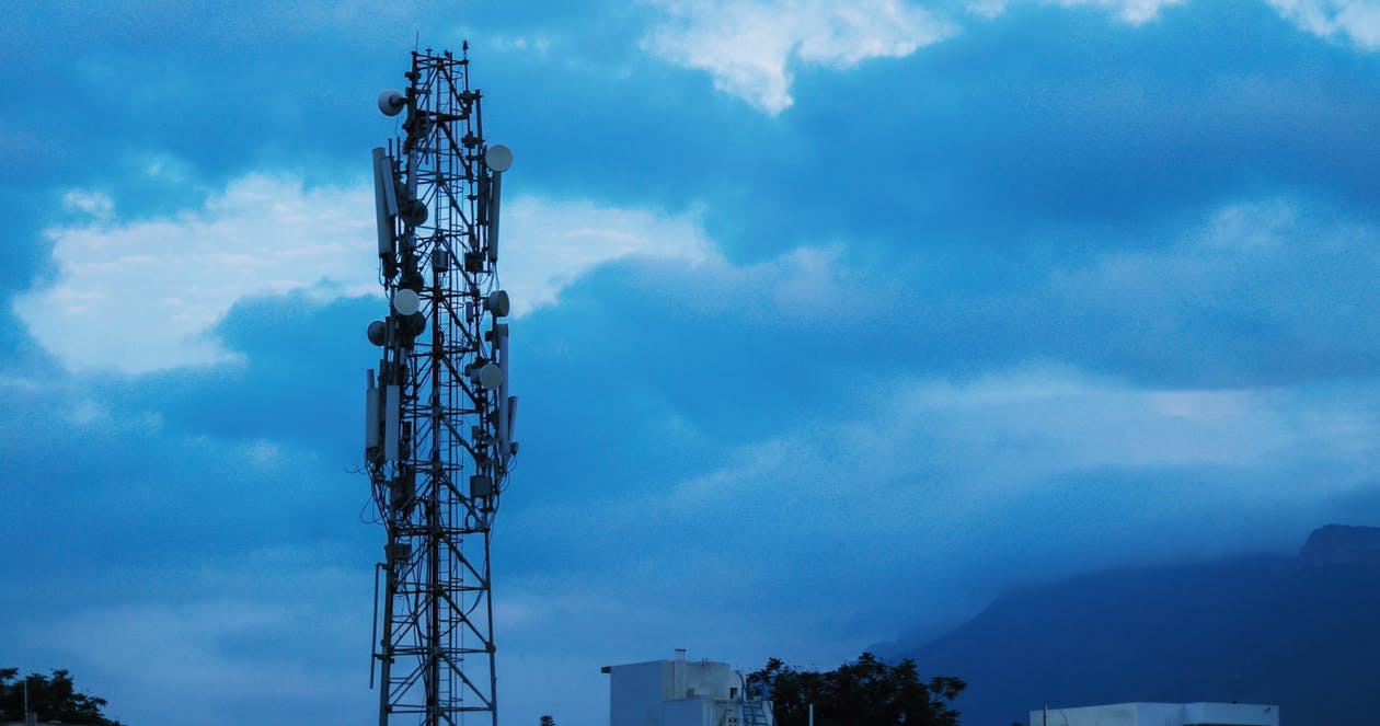 Comparing 5G Services 2